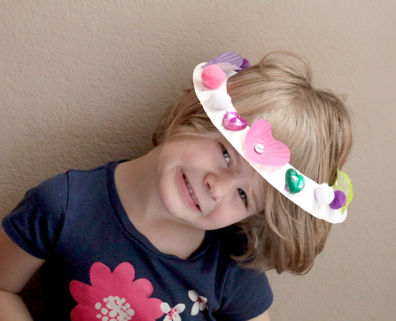 Little kids will love making these Valentine's Day crown craft to wear through all their Valentines celebrations or just for fun.